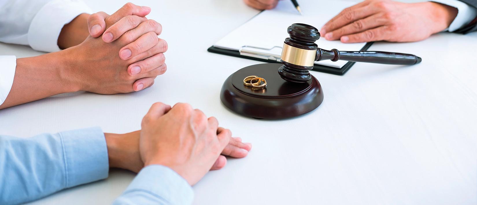 abogados especialistas familia bogota